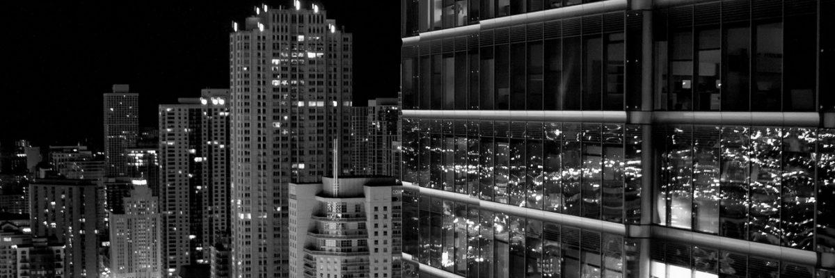 skyscraper_city_black_white_13715_1366x768